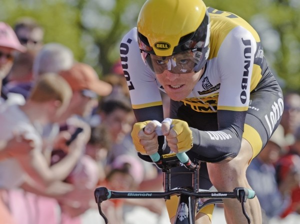 Kruijswijk doet goede zaken in Vuelta