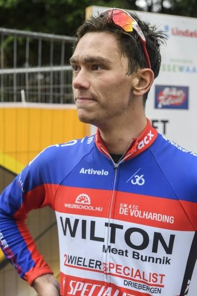 Overste vervangt De Jong bij Alecto Cycling