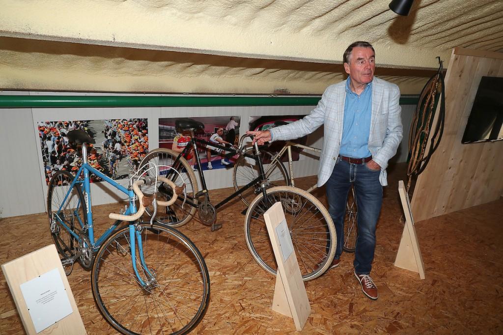 Hennie Kuiper lost startschot 60e Ster van Zwolle
