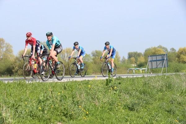 Vier renners weg bij Beat continental team