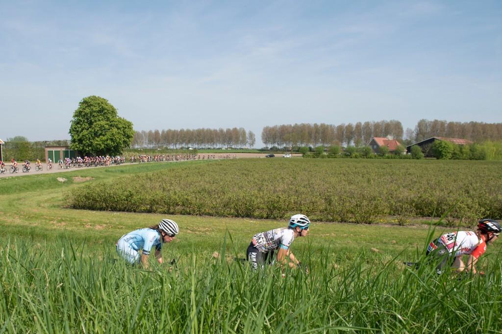 Bakker sprint van voren in Mouscron