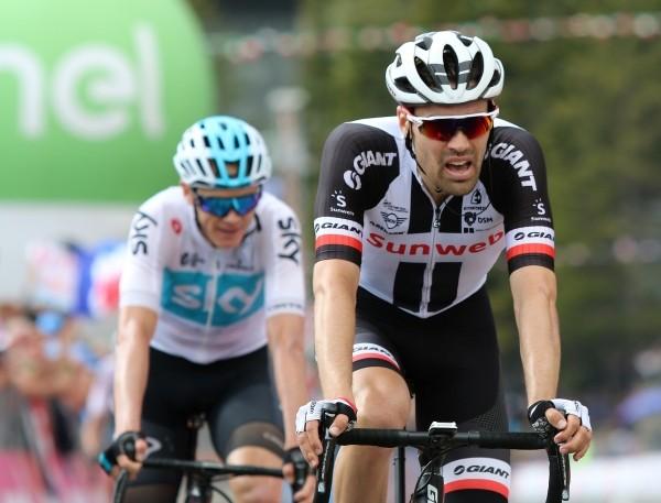 Dumoulin treft Froome niet in Giro 2019