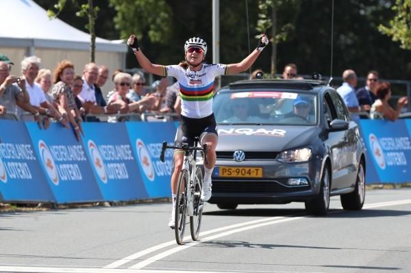 Blaak volgt zichzelf op als Nederlands Kampioene