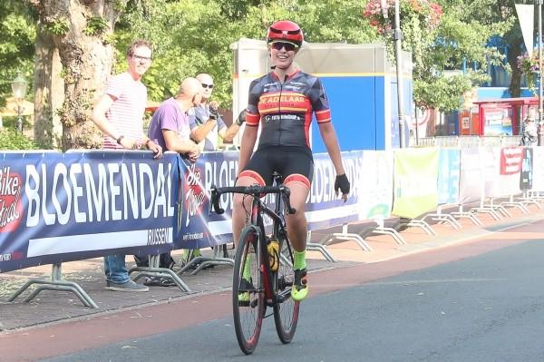 Pit en Spoor voeren Adelaar Ladies Team aan in 2019