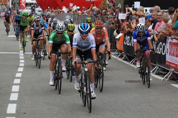 Vos is vierde in vijfde Giro-etappe