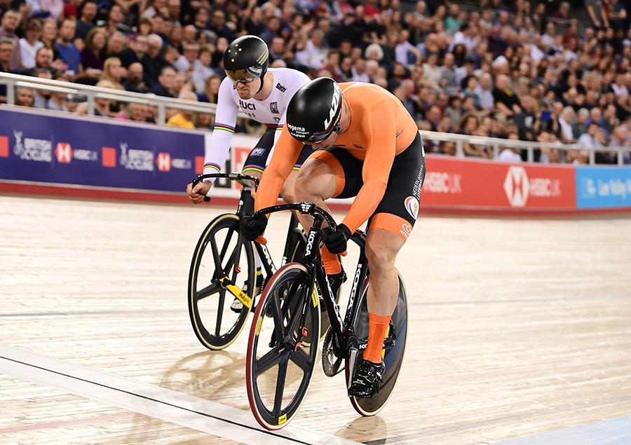 Lavreysen wint wereldbeker sprint in Londen