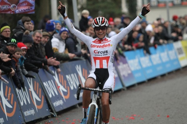 Alvarado wint cross in Brussel