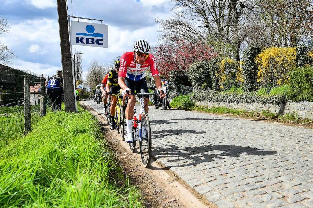 Van der Poel wint Brabantse Pijl