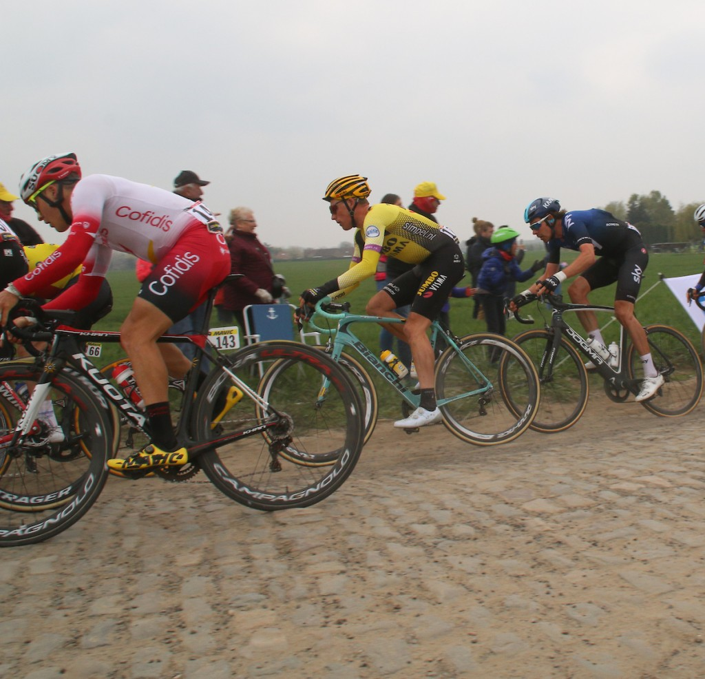 Top 10 voor Teunissen en Langeveld in Roubaix