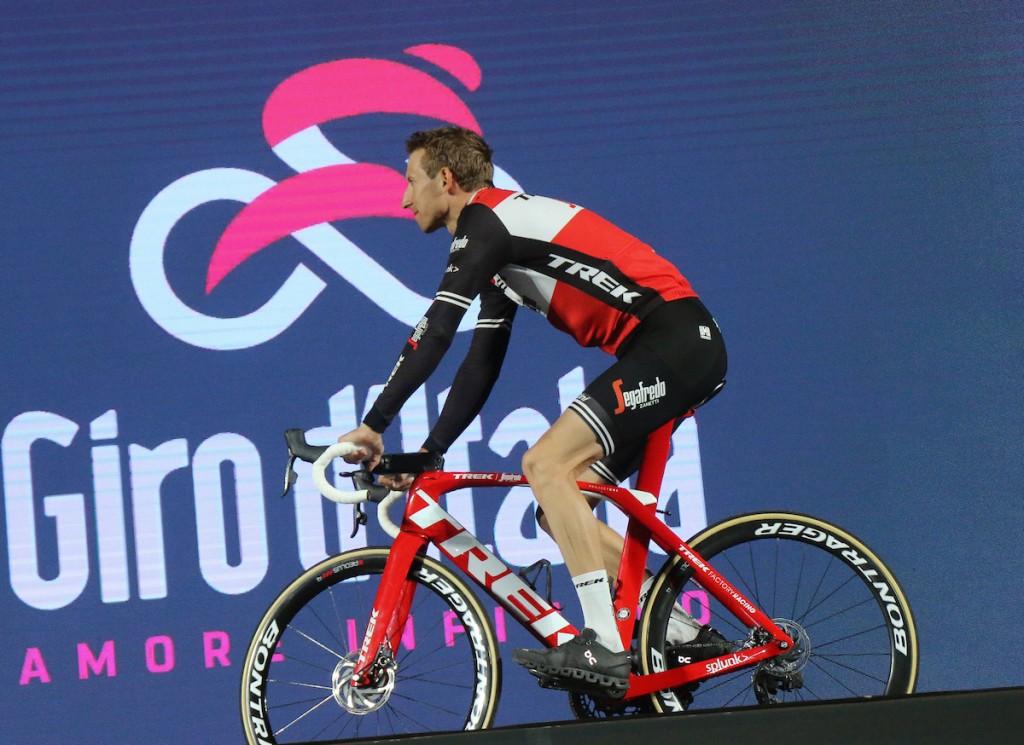 Mollema imponeert in tijdrit Giro d'Italia