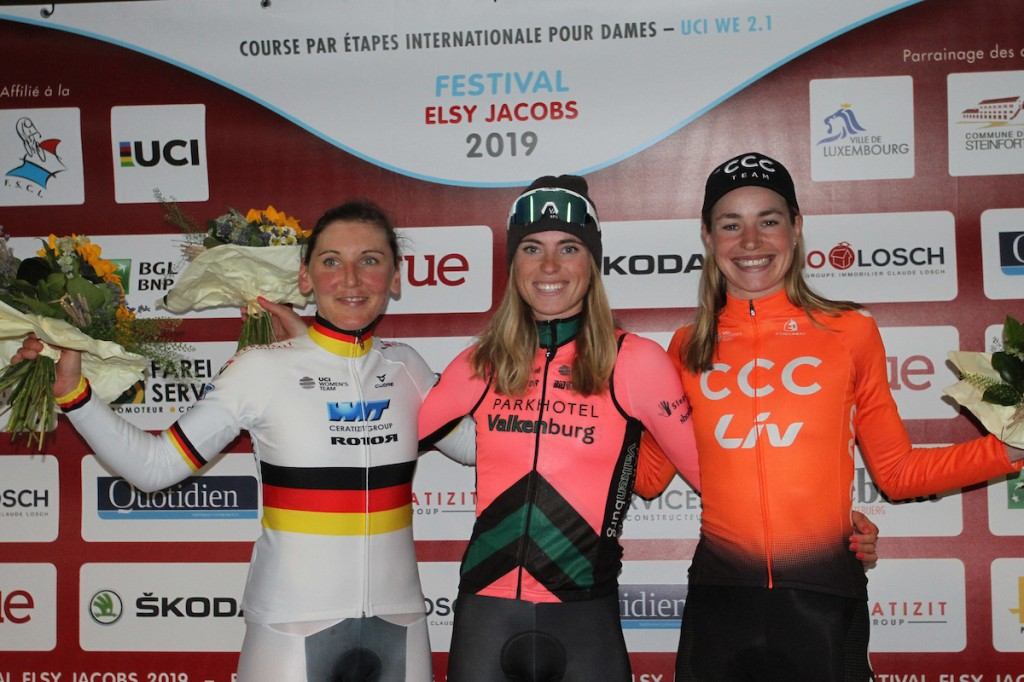 Vollering wint proloog GP Elsy Jacobs