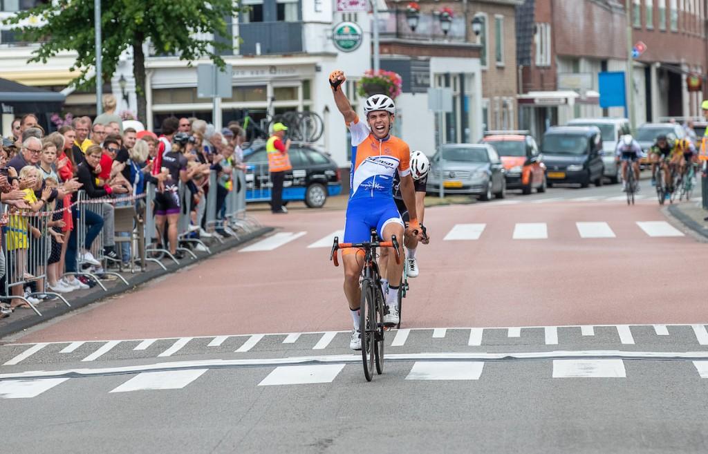 Scholten wint in Roden, Lowik eindwinnaar
