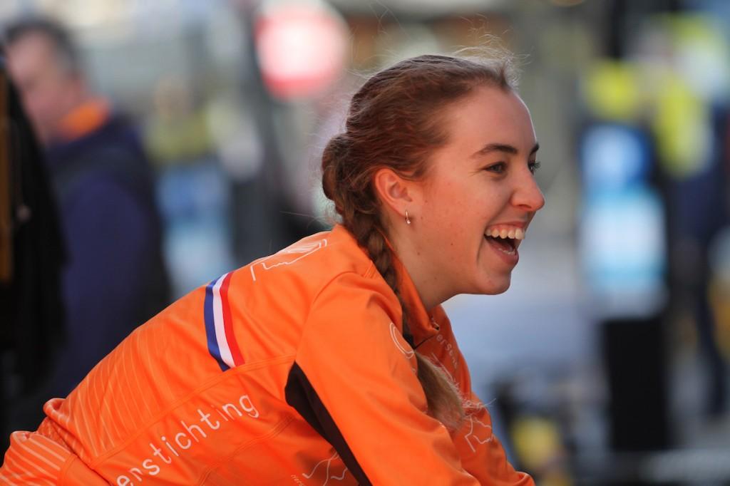 Van Anrooij verovert jongerentrui in Tour de Feminin