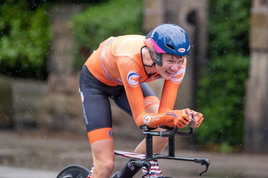 Van Dijke en Hoole openen sterk in Tour de l'Avenir