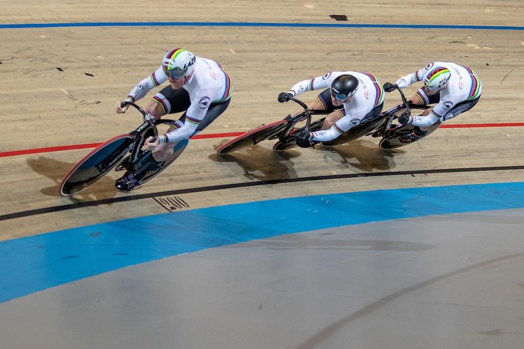 Teamsprinters winnen goud, vrouwen brons