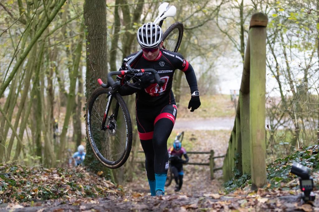 Aanscherping regels: niet met 4 maar met 2 fietsen