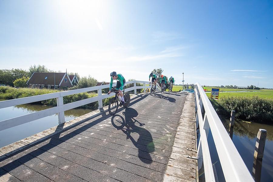 IJsselstreek en Kannibaal winnen ploegentijdrit
