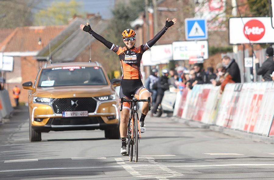 Jip van den Bos wint Le Samyn des Dames
