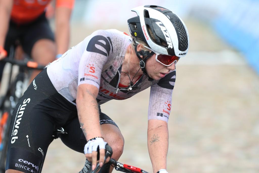 Lorena Wiebes wint GP Euromat
