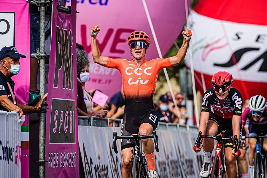 Vos wint haar tweede in Giro Rosa 2020