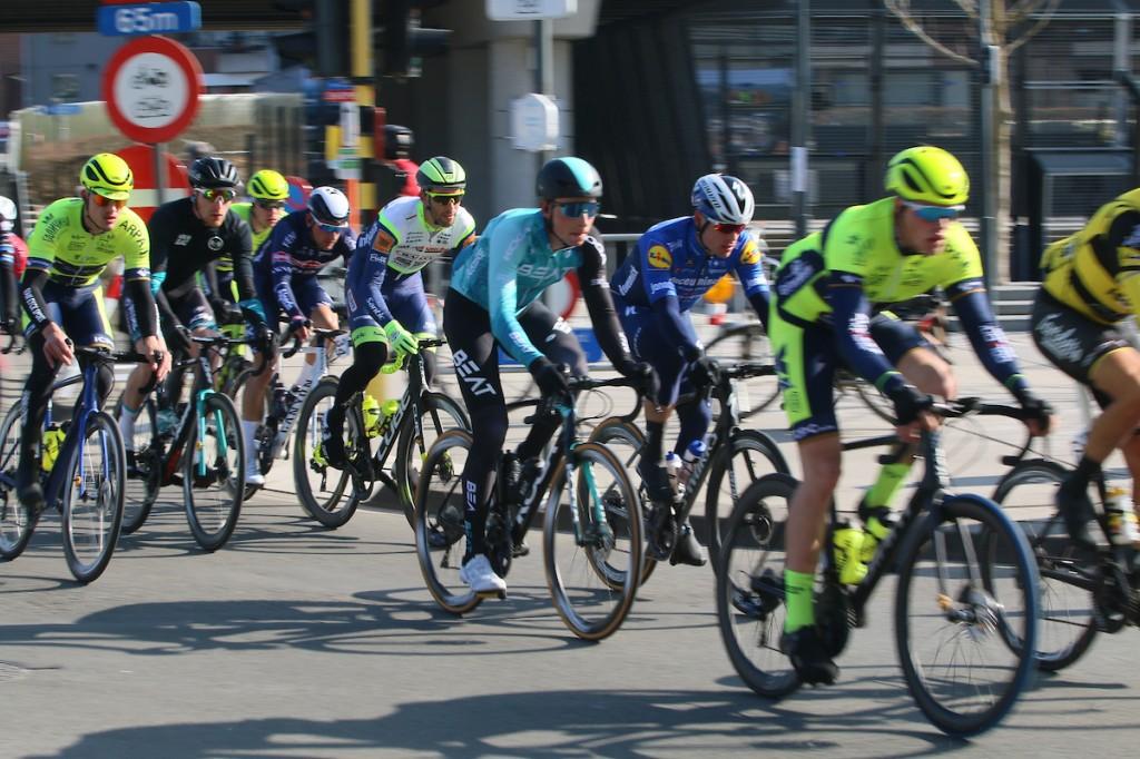 Strikhedonia400: ultra cycling coronaproof bij BEAT