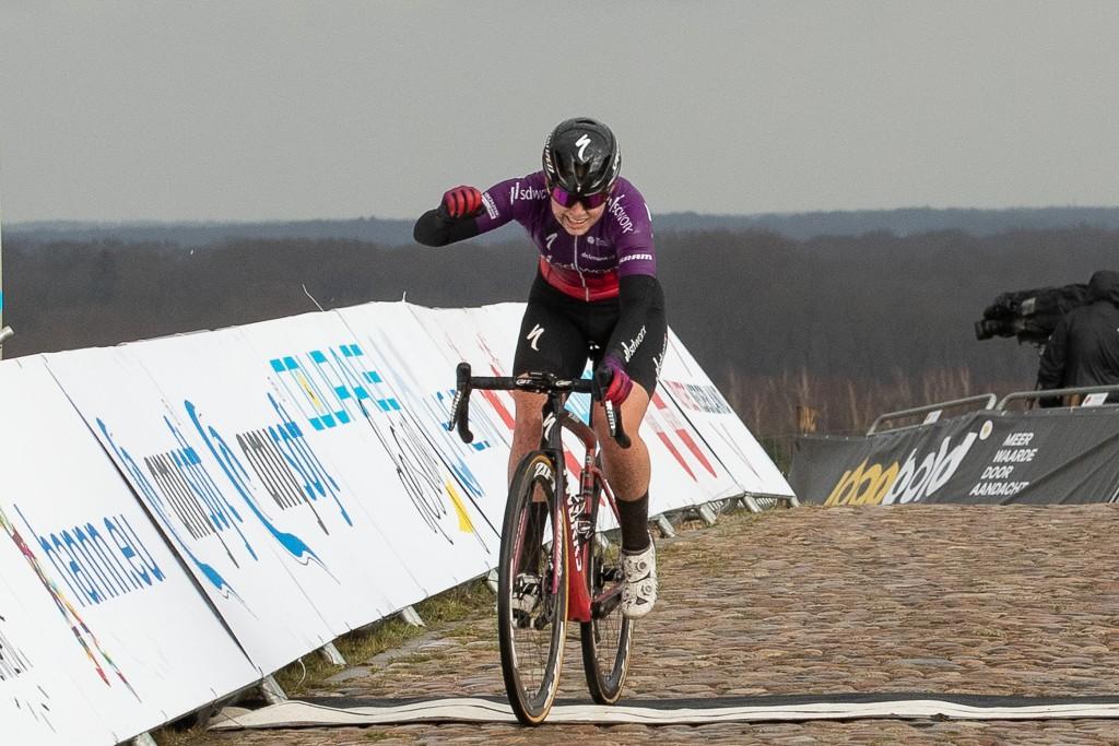 Deelnemers NK wielrennen 2021 vrouwen