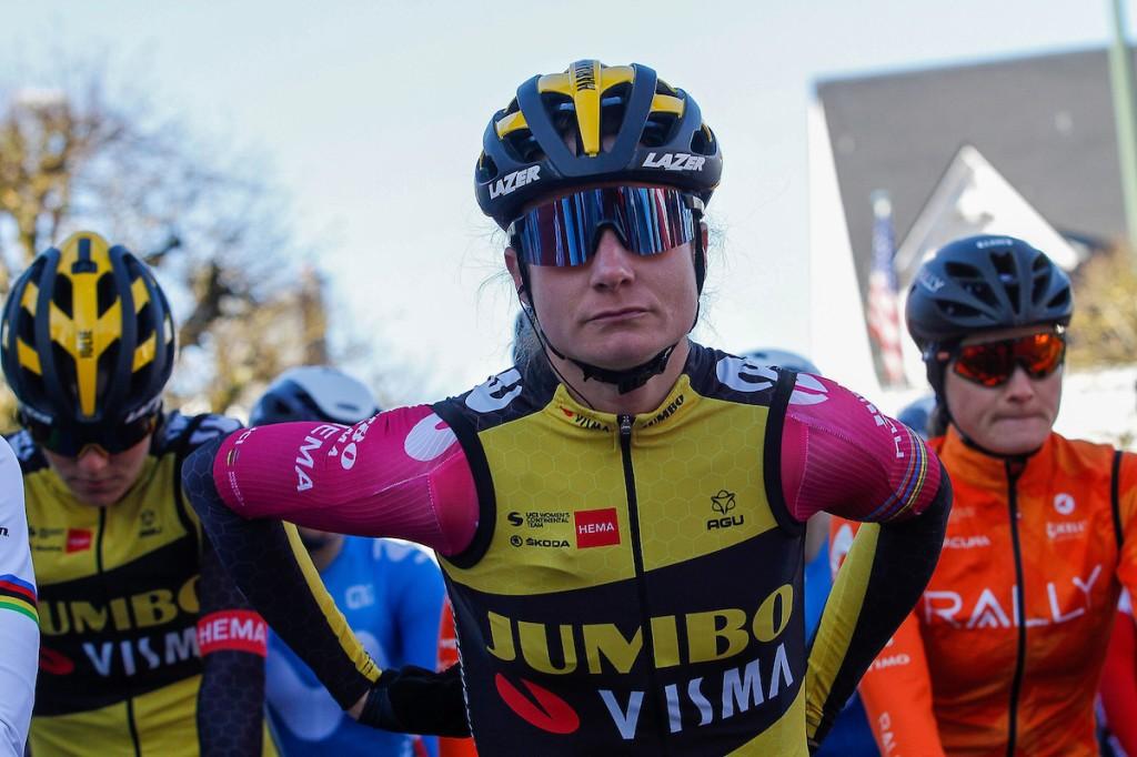 Vos wint haar 30e rit in Giro Donne