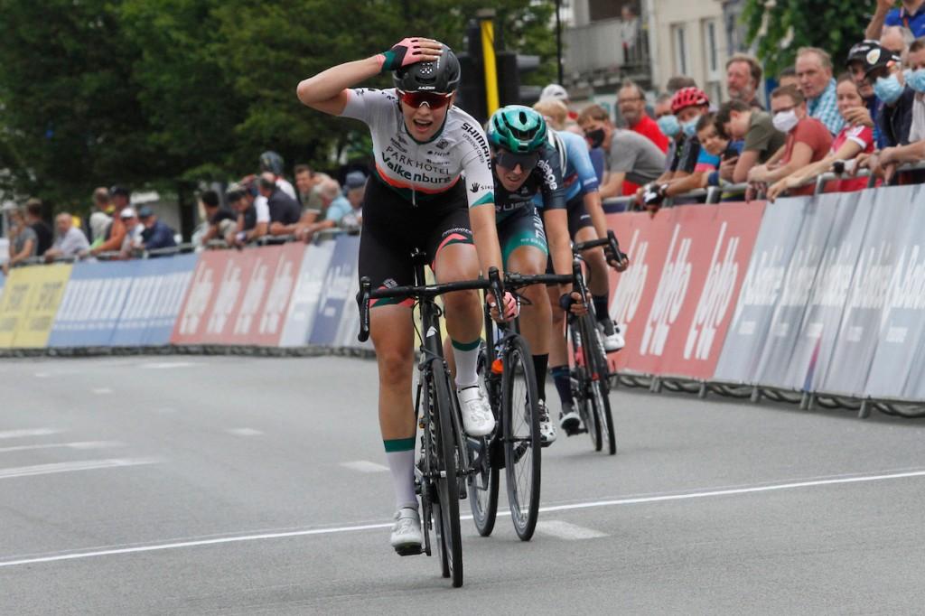 Bredewold wint en leidt in Baloise Ladies Tour