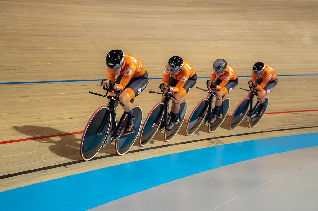 Nederland derde in kwalificatie EK ploegachtervolging