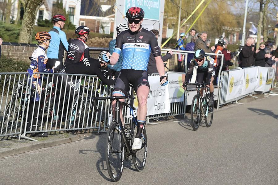 Eising wint Ronde van Groningen (+video)