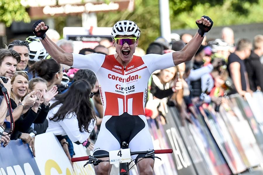 Van der Poel wint shorttrack WB Albstadt
