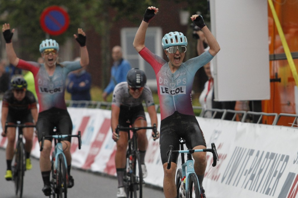 Van der Duin wint de Omloop der Kempen (+video)