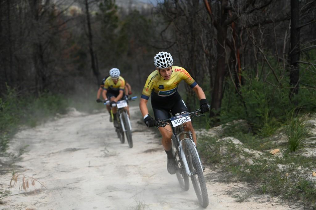 Mos en Smeenge blijven leiden in Cape Pioneeer Trek